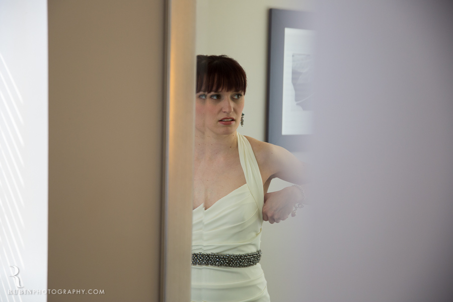 Canlis Wedding by Seattle and Napa Wedding Photographer (8)