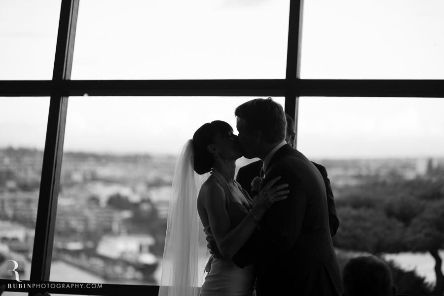 Canlis Wedding by Seattle and Napa Wedding Photographer (47)