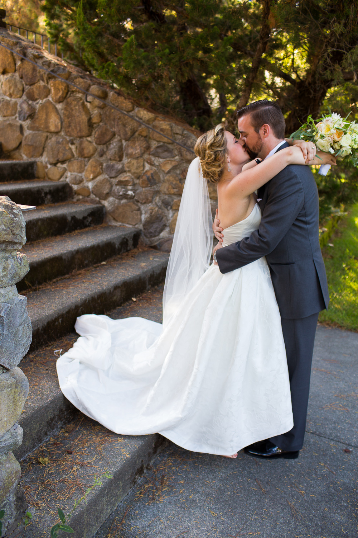 Destination Sonoma Wedding at Jacuzzi Family Vineyards By Alexander Rubin Photography_0002