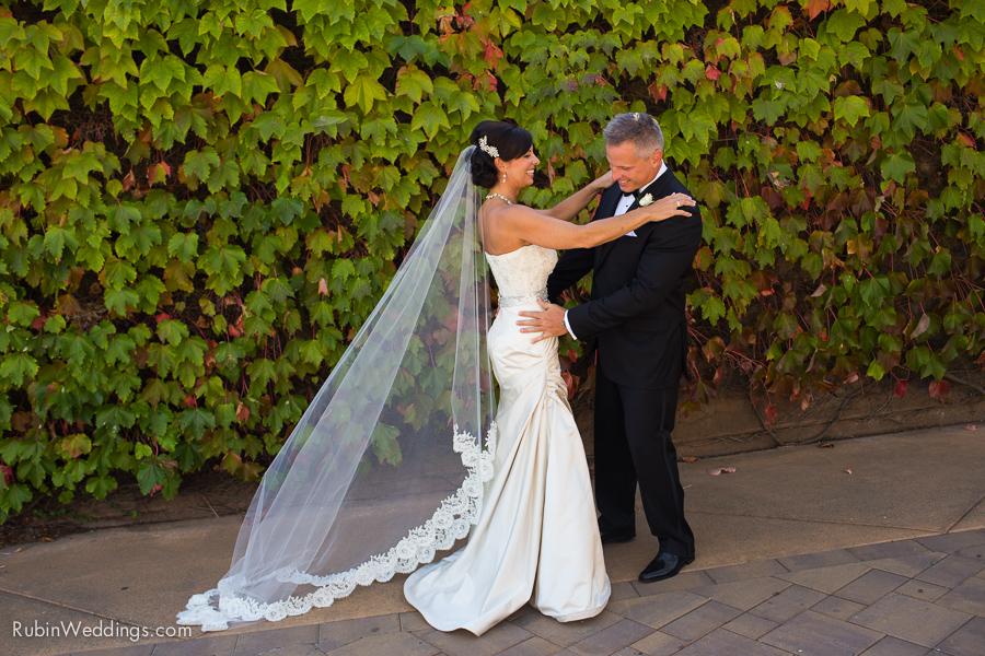 Viansa Wedding Photographs in Sonoma By Rubin Photography_0021