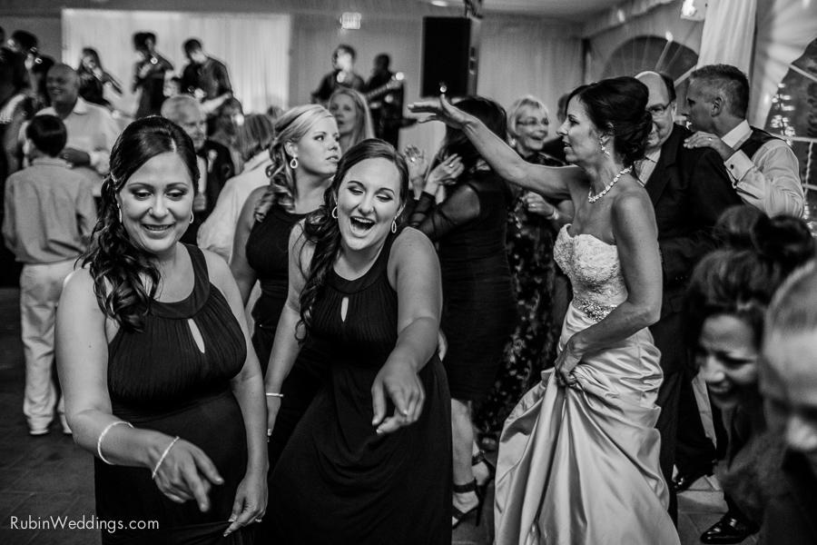 Viansa Wedding Photographs in Sonoma By Rubin Photography_0065