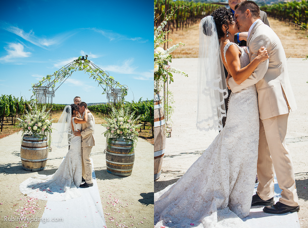 Blue Victorian Wedding at Vezer Family Vineyards By Alexander Rubin Photography (13)